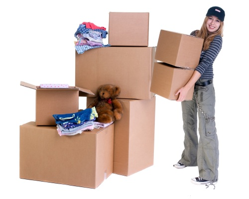 girl-w_moving-boxes